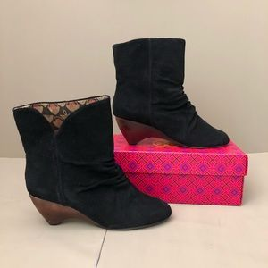 Anthropologie Seychelles Suede Ankle Boot